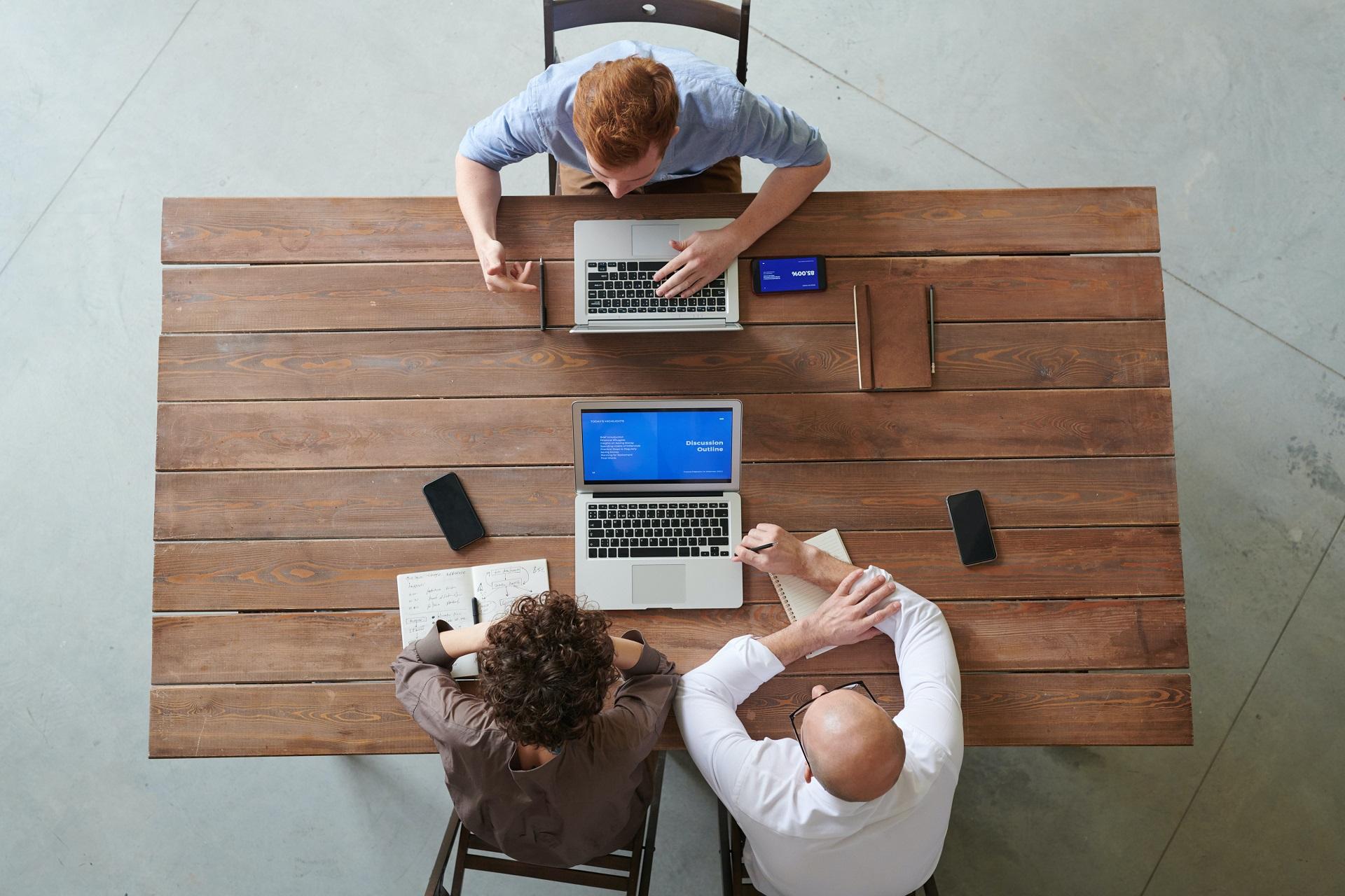 Como atuam os consultores de empresas? Veja dicas na entrevista com o Consultor Sênior da Mid Falconi